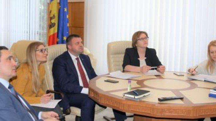 Ministrul Economiei a solicitat acordarea unui sprijin suplimentar din partea Băncii Mondiale pentru întreprinderile moldovenești
