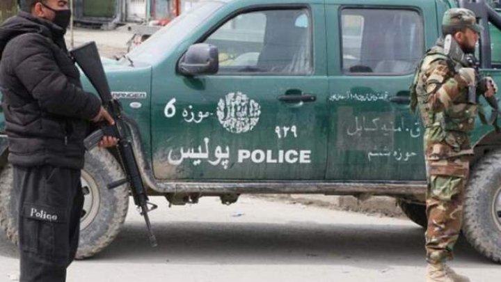 Cel puţin 27 de persoane, ucise într-un atac armat vizând o adunare politică în vestul Kabulului