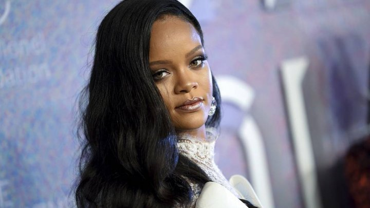 COVID-19: Rihanna şi fondatorul Twitter, Jack Dorsey, donează 4,2 milioane de dolari pentru victimele violenţei domestice