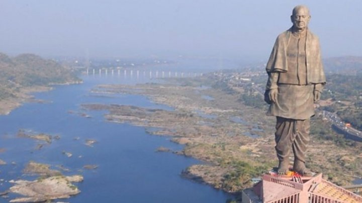 India: Un escroc cibernetic a încercat să vândă cea mai înaltă statuie din lume