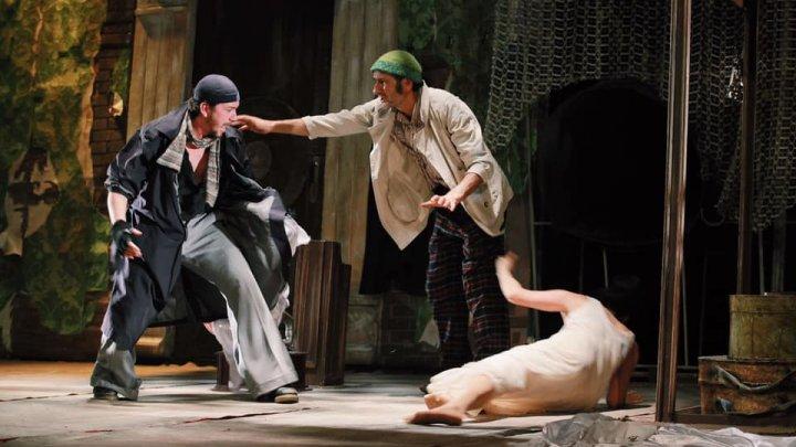 Angajaţii instituțiilor teatral-concertistice, din nou la repetiții. Iată ce reguli trebuie să respecte