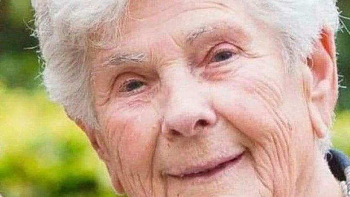 """O bătrânică a murit în spital, după ce a refuzat ventilatorul mecanic: """"Păstraţi-l pentru cei mai tineri"""""""