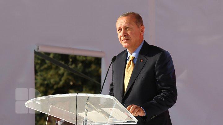 Tensiunile între Franța și Turcia cresc. Erdogan l-a avertizat pe Macron să nu caute ceartă cu poporul turc