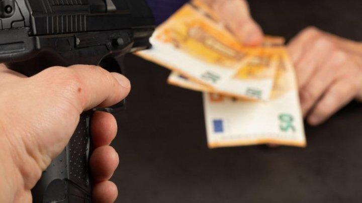 Cum profită mafia din Europa de pe urma crizei economice generate de coronavirus