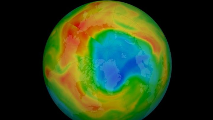 O gaură de dimensiuni record a apărut în stratul de ozon deasupra Arcticii