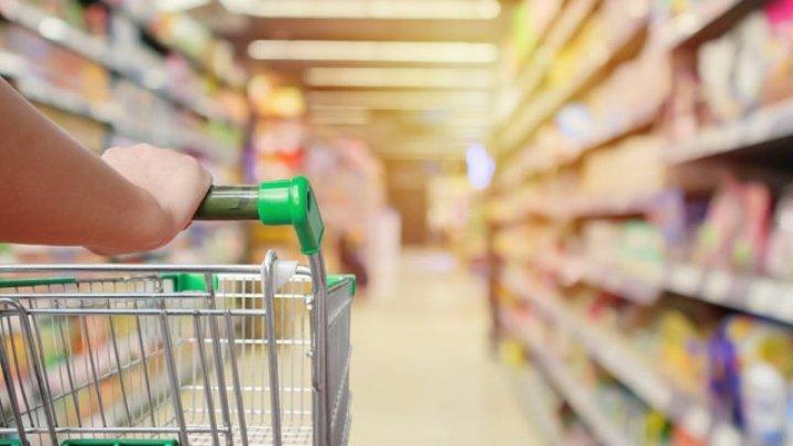 Coronavirus: O americancă a fost arestată după ce a lins diverse produse într-un supermarket