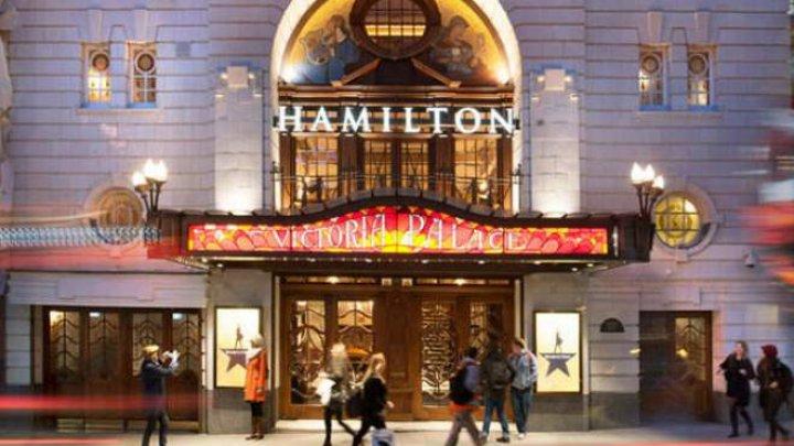 Teatrele din West End vor rămâne închise până în luna iunie