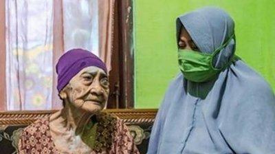 Indonezia: O femeie de 100 de ani s-a vindecat de noul coronavirus
