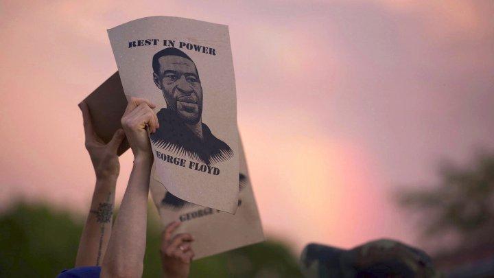 Cine este George Floyd, uriaşul blând a cărui moarte a revoltat America