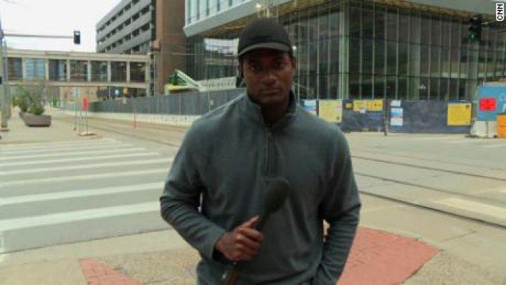 Echipa CNN arestată în timp ce transmitea de la protestele din Minneapolis, eliberată după mai puţin de 2 ore