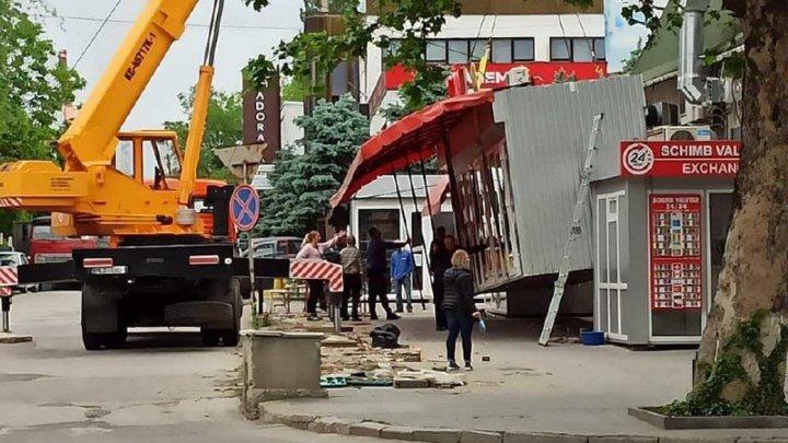 Ion Ceban: Străzile oraşului, eliberate de construcții pestrițe (FOTO)