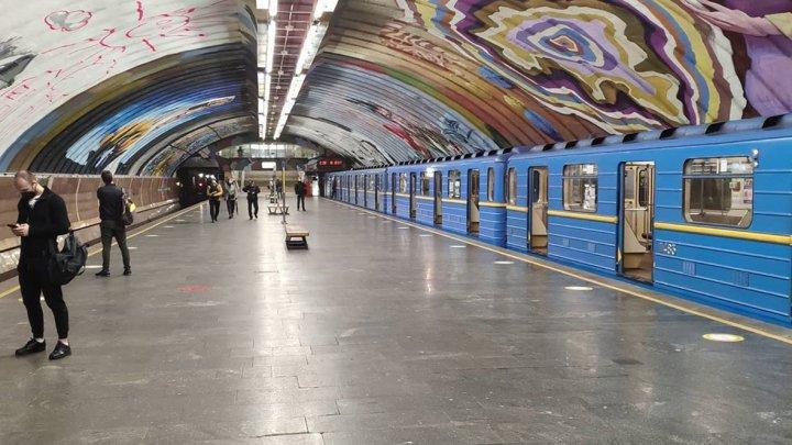 Coronavirus: Rețeaua de metrouri din Ucraina, redeschisă după zece săptămâni