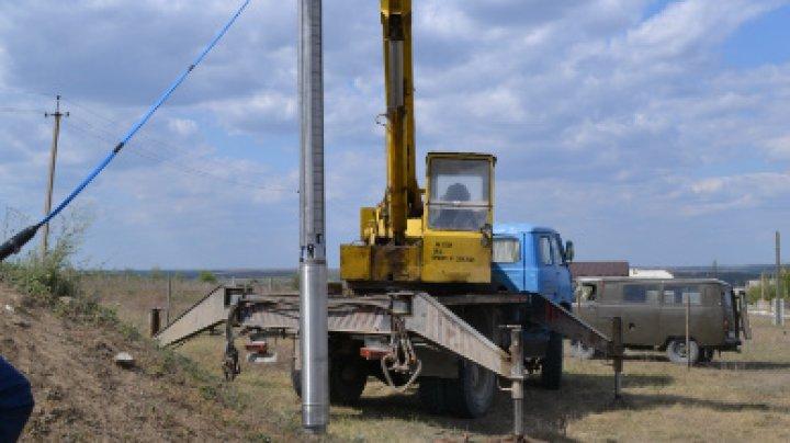 În zece localități din țară a fost instalat echipament modern de pompare a apei potabile, în cadrul unui proiect european