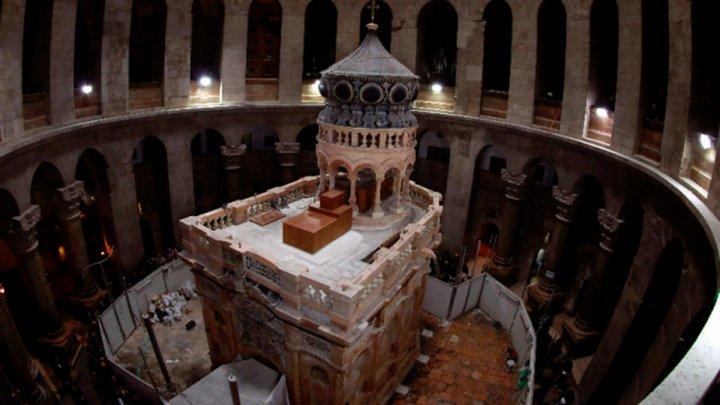 Biserica Sfântului Mormânt din Ierusalim nu s-a redeschis duminică, așa cum era prevăzut