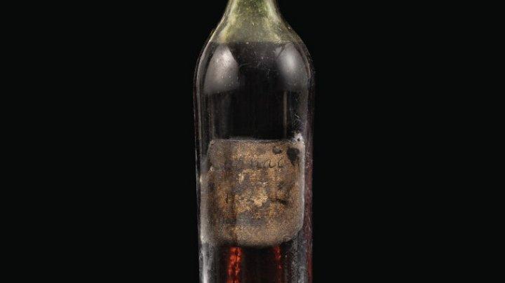 Coniac vechi de 258 de ani, vândut la licitație pentru o sumă enormă. Cât a plătit cumpărătorul