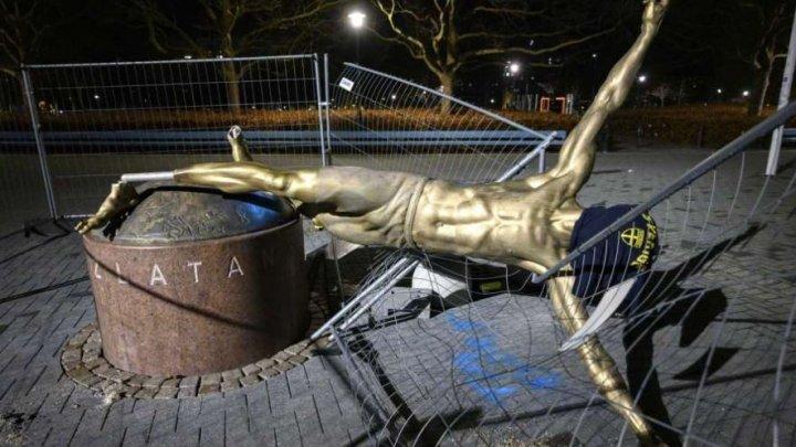 Decis! Statuia fotbalistului Zlatan Ibrahimovic va rămâne la Malmo, în ciuda vandalizării sale