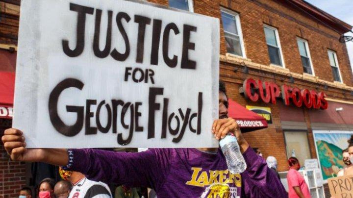 Poliţistul din Minneapolis implicat în moartea lui George Floyd a fost arestat