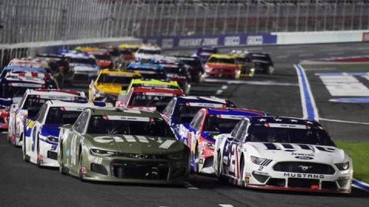 Pilotul lui Chevrolet a câştigat a opta etapă de NASCAR