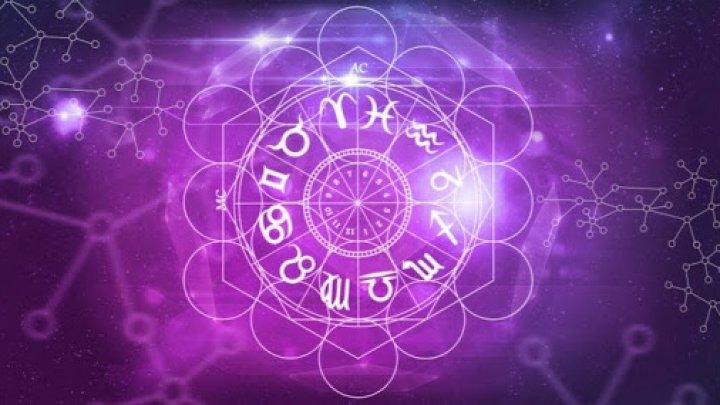 Horoscop 25 decembrie: Săgetătorii au energie, iar Berbecii ar putea primi bani