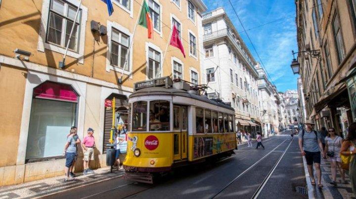 Portugalia deschide ușile turiștilor. Condițiile pentru cei care vin cu avionul