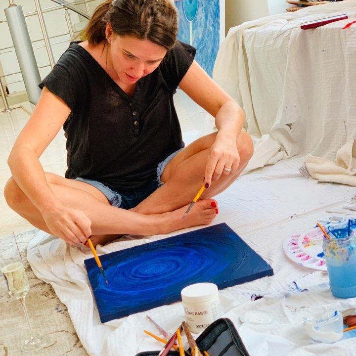 Talentul de artist plastic al Cristinei Balan, tot mai apreciat