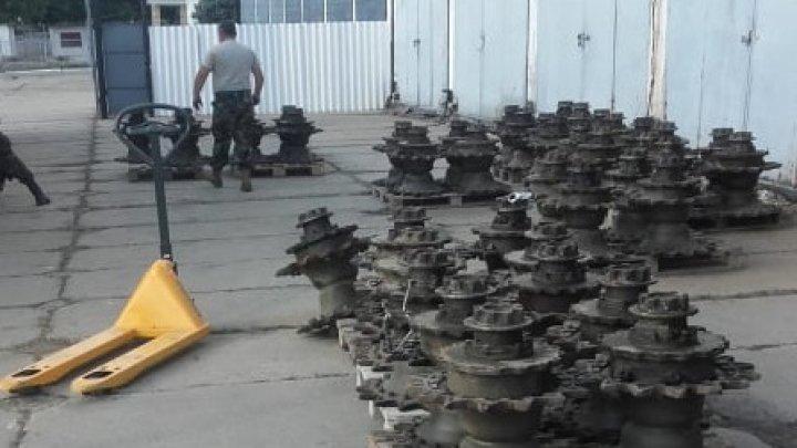 Piese militare, în valoare de circa 764.000 de lei, ridicate la Vama Leușeni. Trei moldoveni, pe banca acuzaților