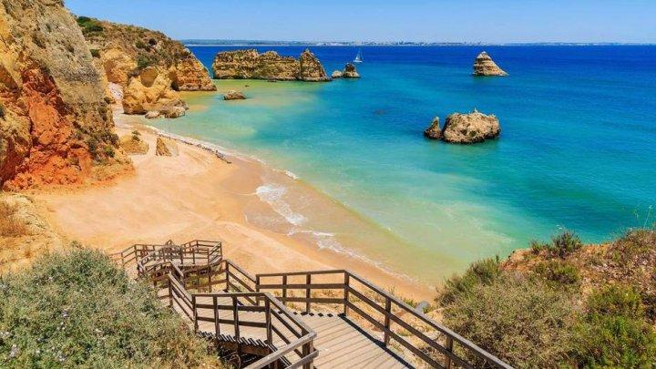 Industria turismului din una dintre cele mai vizitate țări europene, în colaps. Soluțiile propuse de autorități