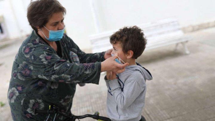 Un studiu bazat pe teste de anticorpi arată că 5,2% din populaţia Spaniei a fost expusă la noul coronavirus