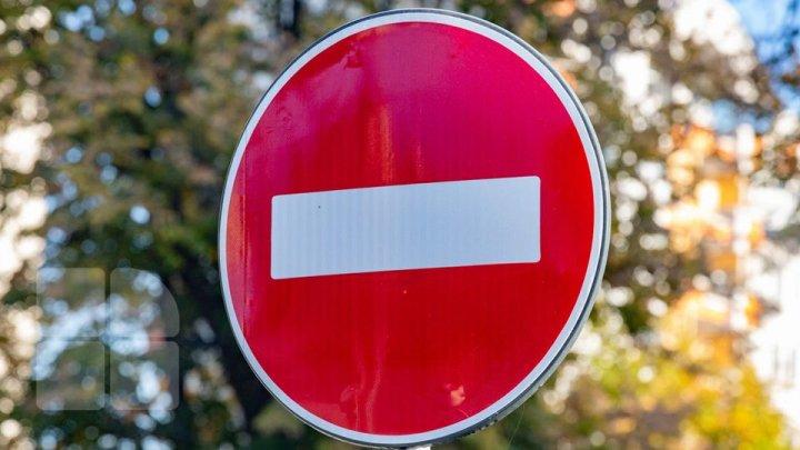 Traficul rutier va fi SUSPENDAT pe mai multe străzi importante din Capitală