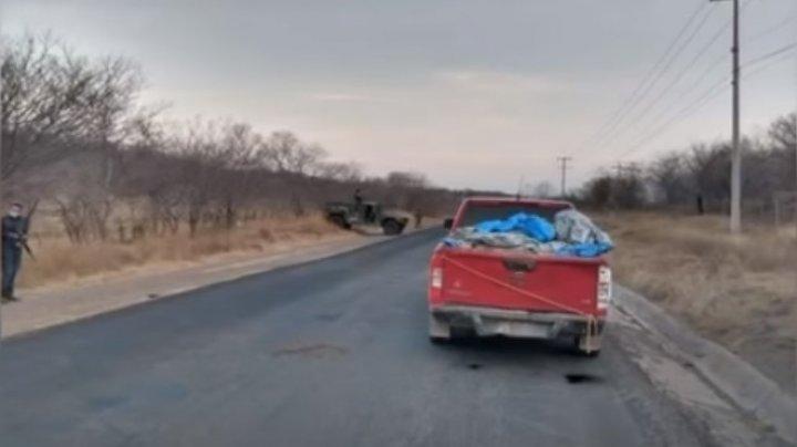 Corpurile a 12 bărbaţi, torturați și apoi împușcați, au fost descoperite într-o camionetă abandonată