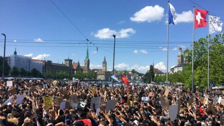 Elveţia: Mii de manifestanţi au protestat împotriva rasismului în mai multe oraşe
