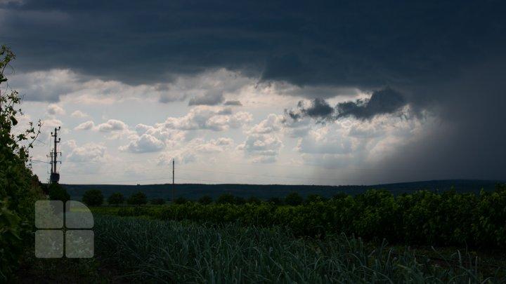 METEO 27 septembrie. Vânt puternic și ploi în toată țara