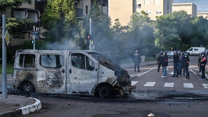 Arestări după violenţele din Franța în care au fost implicaţi membri ai comunității cecene