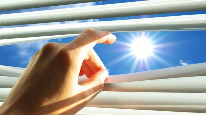 Te sufoci de căldură? Trucuri eficiente să faci răcoare în casă fără aer condiționat