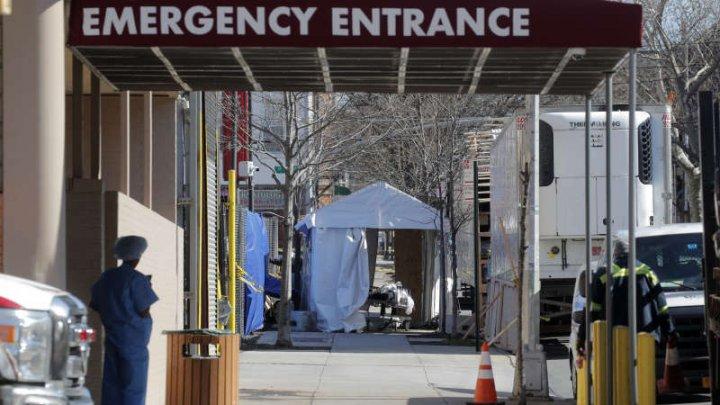 SUA: Noul coronavirus a făcut 919 decese suplimentare în 24 de ore