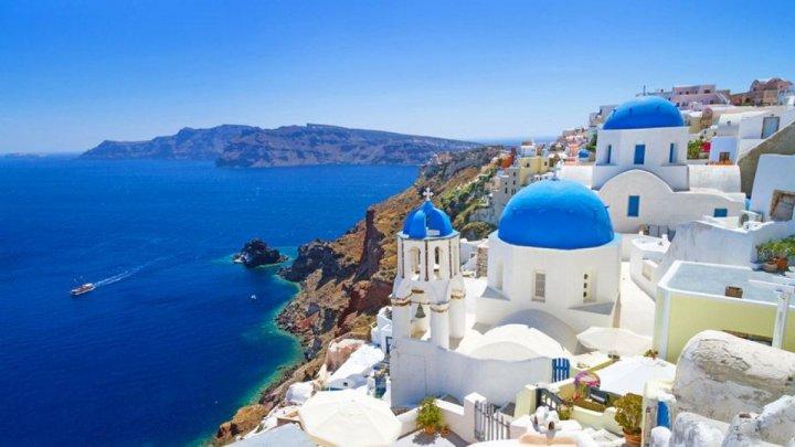 Grecia suspendă temporar formularele de călătorie pentru cei care merg în vacanță cu mașina