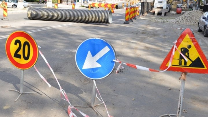 Atenție! Pe unele străzi din Capitală traficul rutier va fi suspendat
