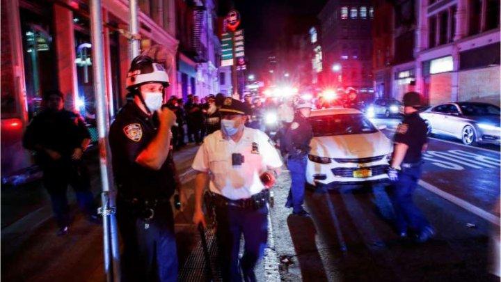 Peste 700 de arestări la New York în urma jafurilor din timpul nopţii