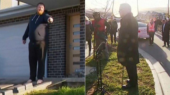 Incident în timpul unei conferinţe de presă în Australia. Prim-ministrul, alungat de pe gazon