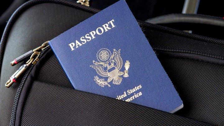 Turiștii americani ar putea să primească interdicție de zbor pe teritoriul UE