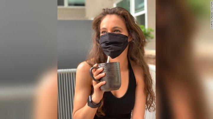 Un producător american a lansat măștile care-ți permit să bei fără să le dai jos