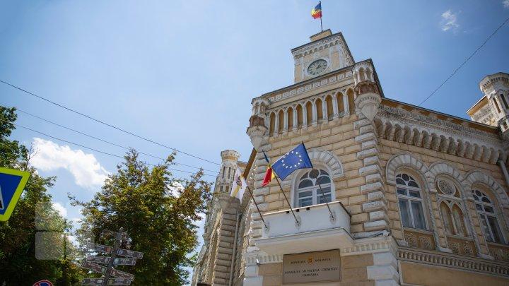 Locuitorii Capitalei, îndeamnați să aleagă cel mai bun Logo pentru aniversarea a 585 de ani de la prima atestare documentară a Chișinăului