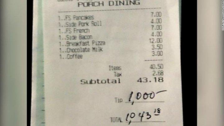 Un client a lăsat 1.000 de dolari bacșiș într-un restaurant. Ce la determinat să recurgă la aşa gest
