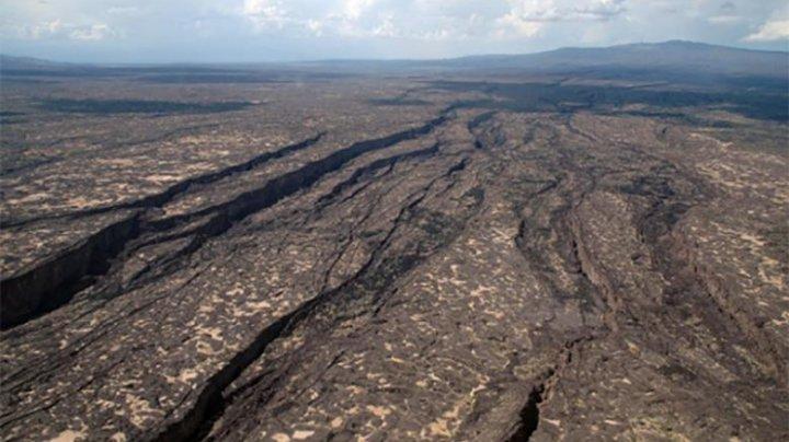 Continentul african se desprinde încet. Oamenii de știință spun că se naște un nou ocean
