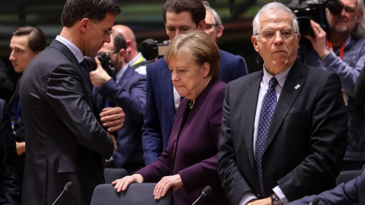 Liderii UE se întâlnesc la Bruxelles pentru a decide cum se împart banii europeni