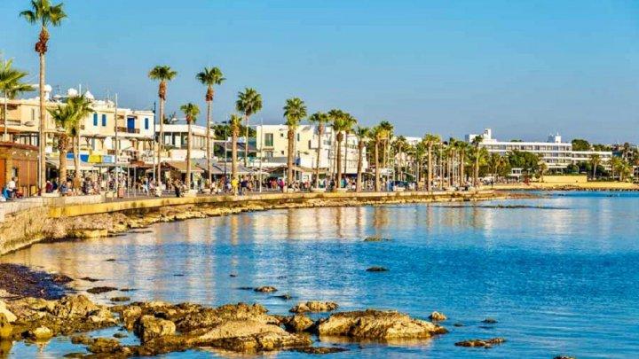 Reguli noi pentru cetăţenii români care călătoresc în Cipru. De ce au nevoie pentru a putea intra în țară