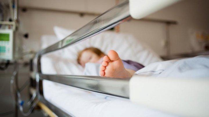 DATE ALARMANTE! Peste 800 de copii, INFECTAŢI cu noul coronavirus în Moldova