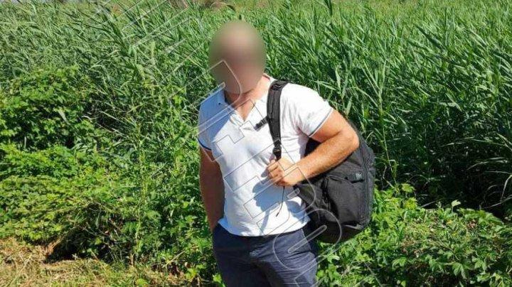 Un moldovean a fost prins în timp ce încerca să treacă ilegal frontiera. Unde voia să ajungă acesta