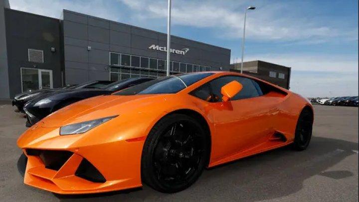 Un american și-a cumpărat un Lamborghini din ajutoarele pentru COVID-19