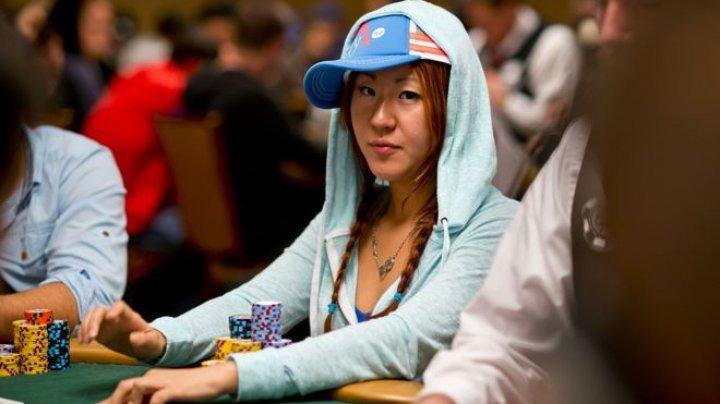 Crimă oribilă în lumea pokerului.O jucătoare profesionistă, găsită carbonizată într-un parc